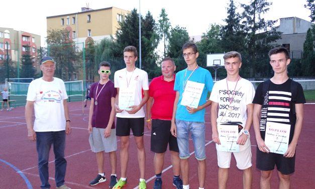 [2017.08.17] Badminton pod gołym niebem