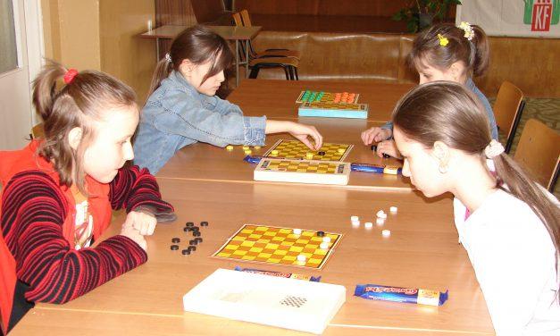 Zapraszamy na Turniej Warcabowy dla Dzieci